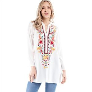 Solitaire embroidered tunic